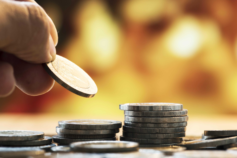 ¿Sabía que al pensionarse recibe aproximadamente el 65% de su último salario?